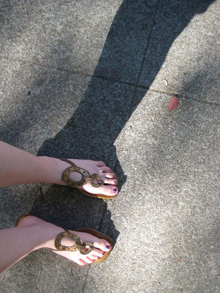 feet here