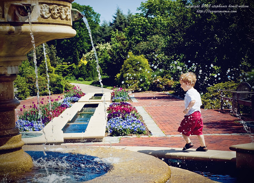 Running 'Round the Fountain