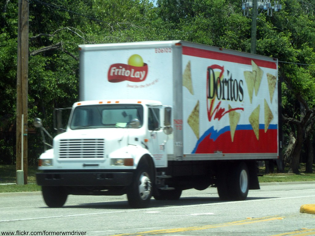 the world s best photos of chips and frito flickr hive mind frito lay doritos international box truck formerwmdriver tags food truck box chips