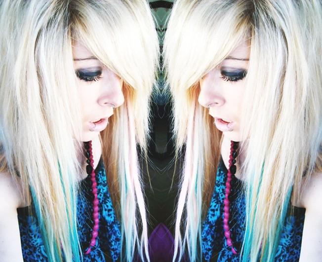 long blonde emo scene hair style