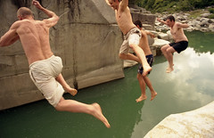 Jumping In (camillaskye) Tags: summer japan swimming swim fun jumping kisoriver nezamenotoko 寝覚の床