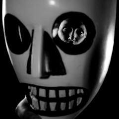 Toh Gouttenoire - Day # - 02 April 2008 (Toh Gouttenoire) Tags: death mask mort fanny mascara masque virela10