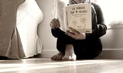 Futab N11 ...La semaine de 4 heures - Sepia (Xtelle_m) Tags: world camera paris france art feet me beauty canon lens relax creativity photography photo cool toe view time expression joke creative moi vision passion instant week af friday pas pieds semaine himself vendredi 50d 4hours canon50d 4heures futab feetuptakeabreak xtelle xtellem