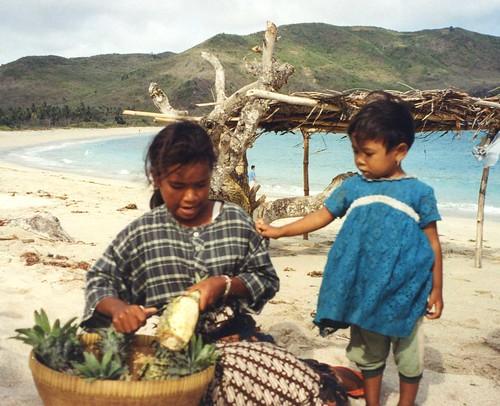 Mawan beach pineapple