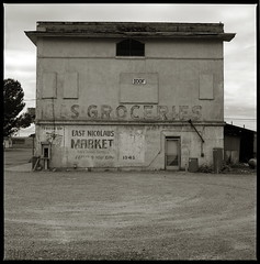 East Nicolaus Market (efo) Tags: california bw grey market hasselblad 1943 oddfellows ioof autaut eastnicolaus efo:site=7