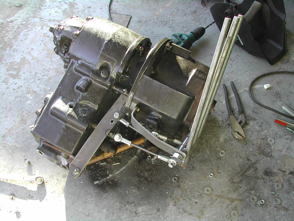 All Chevy chevy 205 transfer case : yoke to yoke? - Pirate4x4.Com : 4x4 and Off-Road Forum