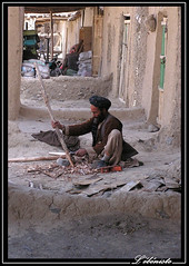 L'ébéniste (Laurent.Rappa) Tags: voyage travel portrait people afghanistan face retrato afghan laurentr ritratti ritratto homme mywinners superbmasterpiece funfanphotos laurentrappa