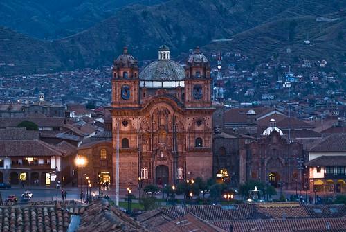 La Catedral, Plaza de Armas