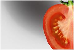 a half tomato (Magda'70) Tags: red usa macro green closeup america tomato us nikon creative half d200 2008 mywinners zymon