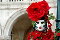Martedi _0211 (flaminia.nobili) Tags: carnival venice light party italy hat fun italia mask luci festa carnevale venezia colori travestimenti maschere divertimento veneto cappelli