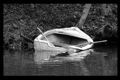 Mare Nostrum #1 - O Mare e Tu (RiCArdO JorGe FidALGo) Tags: portugal water rio gua river boat barco sony wb pb bote luso dsch2 diamondclassphotographer fidalgo72 ilustrarportugal srieouro ricardofidalgo ricardofidalgoakafidalgo72