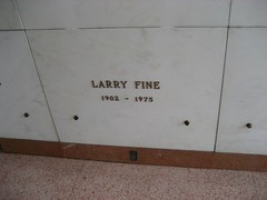 Here lies Larry Fine, one third of the Three Stooges. (02/10/2008)