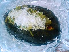 Tlacoyo (dcg Alex) Tags: rico queso masa aluminio comidamexicana nopales tlacoyo
