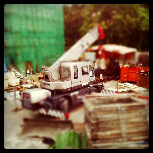Light weight crane