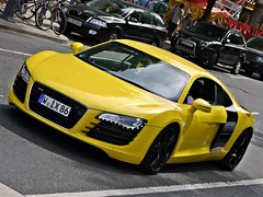 Audi R8 V8 (Niklas Emmerich Photography) Tags: black car yellow hp 8 v gelb r audi dsseldorf wuppertal supercar r8 2011 worldcars