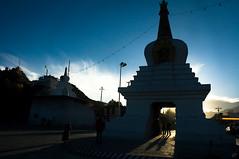 查果嘎林古白塔 (Poorfish) Tags: silhouette stupa tibet lhasa 西藏 剪影 白塔 拉萨 唐蕃古道 查果嘎林古 tangtibetancientroad gettyimageschinaq1 gettychinaq2