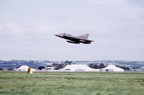 AT-152 St Athan 1985