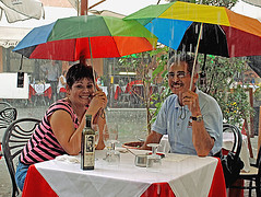 Cafe-Life (philaustin_uk) Tags: people rain nikon streetlife pisa d80 engagingphotography flickrchallengewinner 20070916