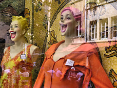 Fun in Lyon (Bn) Tags: travel vacation holiday france window smile fun happy mannequins dolls lyon display sale lifestyle etalage dressedup highfive traveling soe amateurs top20mannequins abeauty anawesomeshot superbmasterpiece wowiekazowie diamondclassphotographer amateurshighfive ishflickr invitedphotosonly theperfectphotographer