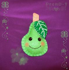 Peri-Peruka kawaii  (PrenD-T) Tags: cute broche handmade felt fruta kawaii feltro pera accesorios broches hechoamano fieltro prendt