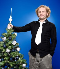 Sveppi (Steinar Hugi) Tags: christmas blue portrait people tree smile fashion canon iceland comedy advertisement comedian promotional canoneos icelandic