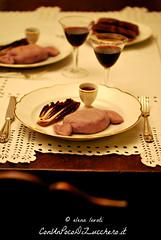 Filetto in crosta al Barolo (conunpocodizucchero) Tags: ricettapassopasso ricettastepbystep ricetta italianrecipe filettoincrosta carne meat tavolaapparecchiata atmosfera cena vino vinorosso barolo