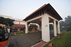 India Agra Trident Hotel _D7C2061 (youngrobv) Tags: india geotagged hotel nikon asia exterior agra hotels gps fx n1 bharat trident uttarpradesh  0812 robale hindustan d700   youngrobv 1424mmf28g solmeta  d7c2061