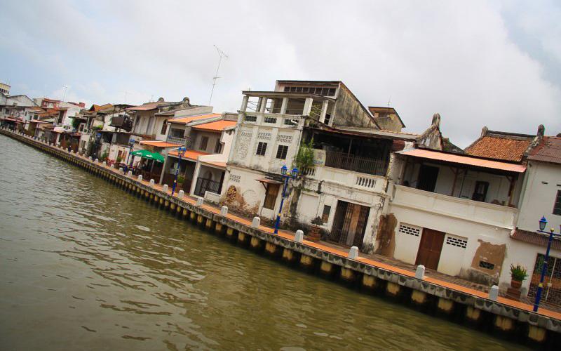馬六甲河畔的民居