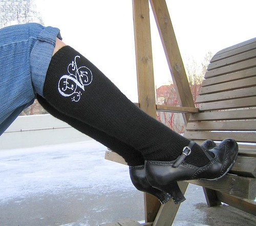 Embroided black knee-high socks