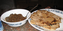 tamarind lentils with roti (fucher is now) Tags: dal roti indianfood tamarind blacklentils veganomicon veganfoodstuffs