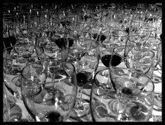 Wale of glasses (lili bacques) Tags: ocean sea mer glass glasses wine bordeaux diner vin vague wale seaocean