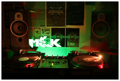 Light graffiti - Mek - Green glowstick (Luke_23) Tags: longexposure light lightpainting green painting graffiti stencil dj tag graf technics turntables decks deejay lightgraffiti mek designers vestax slowexposure