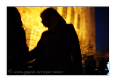 A mysterious silhouette (yanseiler) Tags: street travel men canon middleeast syria 5d canon5d oldtown damascus souq aleppo bedouin damas antakya syrie bedu alep kefieh