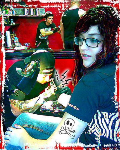 3529939795 e72d771f89 My little girl (getting tattooed)