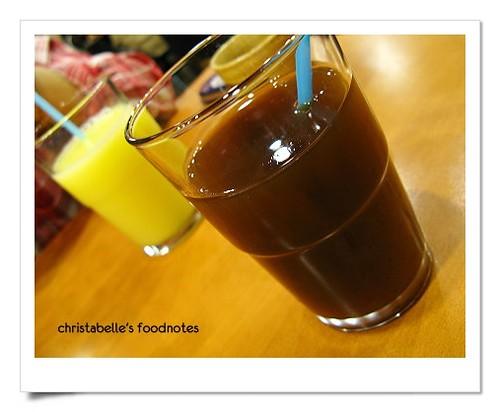 卡滋豬排烏梅汁與芒果多多餐後飲料