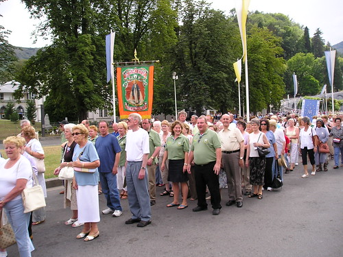 AOH Derry Division No. 1 at Diocesen Pilgrimage to Lourdes France por seanfderry-studenna.