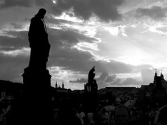 bw Prag 5 (milos milosevic) Tags: bridge urban white black prague prag praha most 100views 200views karlov carls arhitecture 150views 5faves aplusphoto httpmilosevicmiloscom milosevicmiloscom