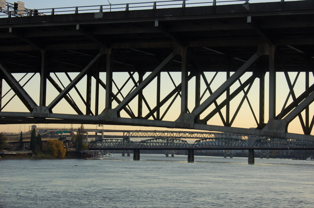 br_morr_underside_other_bridges_background