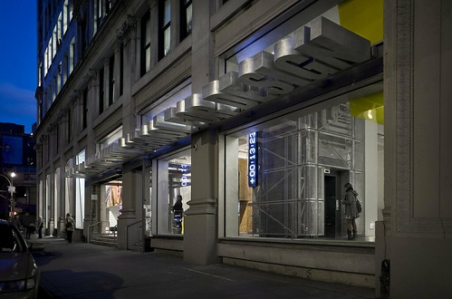 Sheila C. Johnson Design Center, 13th Street entrance and Impact awning, Photography Michael Moran