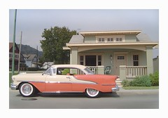 '55 Oldsmobile-with-Bungalow (Michael Paul Smith) Tags: scale miniatures models dioramas diecastcars
