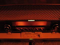 1959 SiemensStandardSuper E-9 headon (mellotrongirl) Tags: eye radio vintage germany glow magic tube siemens dial german valve 1959 e9 illuminate standardsuper