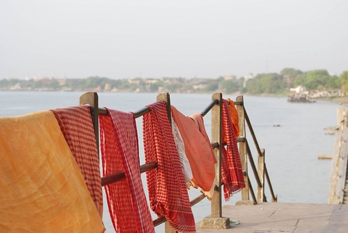 Gamchhas hung to dry by the Ganges in Kolkata