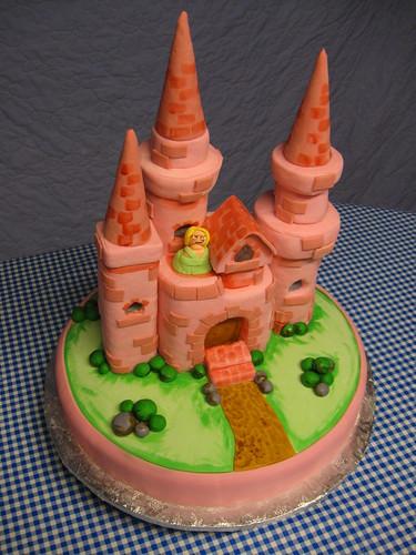 Jessie' s Princess Castle Cake