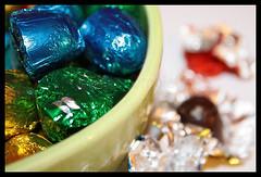 Sweet Holidays ( AnA oMeLeTe ) Tags: christmas natal canon cores sweet chocolate 1855mm efs gula tempting bombons tentao anaomelete canoneos400d recheados gulodices quaisdietasqualqu vamosverquantotempoduramestastentaes