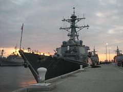 USS McFaul at sunset (stepol) Tags: jan norfolk navy destroyer va scouts campout 2008 arleighburke navalbase ussmcfaul ddg74 troop737 missiledestroyer