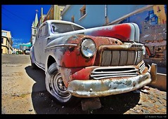 Valparaiso Colors at Daylight... 7th one! (B'Rob) Tags: chile auto city travel blue sky streetart color building green art ford tourism true car azul stone architecture photography valparaiso mar photo yahoo google rojo arquitectura nikon flickr paradise view via symbol reliquia mercury edificio picture tourist oxido best coche cielo triumph wikipedia eden viejo valparaso paraiso 1224mm hdr 1949 paraso valpo porteo mejor tradicin viadelmar chilean oxide simbolo portea snopes adoquin vregion d40 brob edn brobphoto