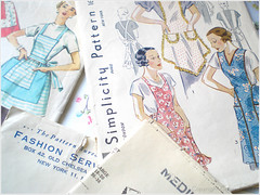 04.01.08 {nifty thrift | 1930s aprons}
