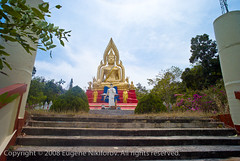 L1001670_CF (jev) Tags: world travel church worshipping asian thailand temple travels worship asia place bangkok buddhist prayer religion praying wide monk thai wat kneeling chedi believer cv15mm southasia worldtravel destinations krungthepmahanakhon krungthep krit avasa bangkokpattaya chaitya cheen worldlocations leicam8 viharn bigbuddhawat avasatha flickr sokreadyforstock thailandeugenecustom cosinavoigtlander15mmf45heliar