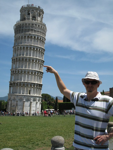 Holding up the Leaning Tower of Pisa (Torre pendente di Pisa)