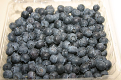Rinsed blueberries in carton